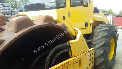 Bomag BW211D-4 Pad Foot Roller Ex Council