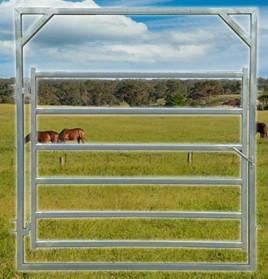 horse-gate2100